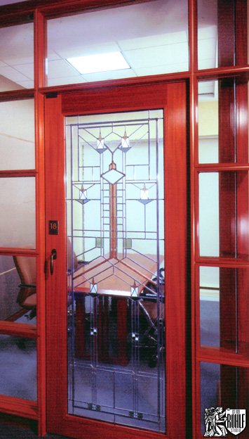 Delicieux Frank Lloyd Wright Style Windows In Commerical Office Building